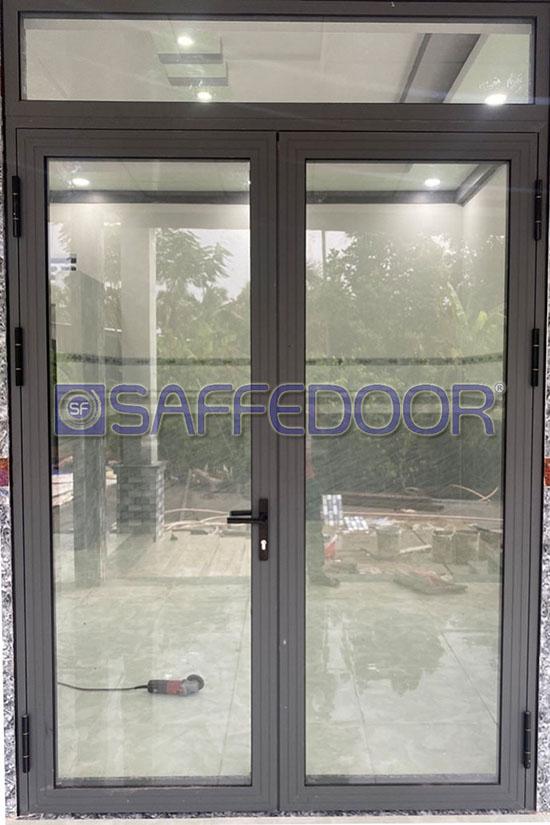 cửa đi 2 cánh 550 - Cửa nhôm xingfa Quận Bình Thạnh